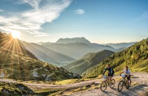 Mounainbiker in den Kitzbueheler Alpen